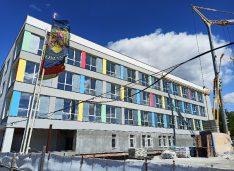 Huncă vrea ca toți liderii politici locali să ceară bani de la Guvern pentru finalizarea URGENTĂ a noului spital din Botoșani