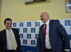 (P) Orban a transformat Guvernul în cârciumă de partid, iar PNL Botoșani a transformat instituțiile din Botoșani în anexe de familie