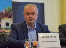 """Flutur, apel la Judecătorie împotriva lui Andrei: """"Alegerea acestuia s-a făcut prin fraudă electorală… Se constată dispariția fizică a 37 de buletine de vot"""""""