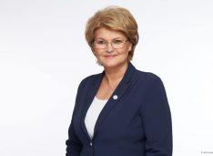 """Mihaela Huncă deputat Pro Romania, candidat la președinția Consiliului Județean: """"Copiii, profesorii și părinții-ei sunt acum eroii noștri!"""