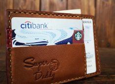 Cum este mai bine? Sa asortezi portofelul cu geanta sau nu?
