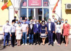 25 de profesioniști din Botoșani au semnat adeziunea la PSD. Actorul Marius Rogojinschi, fostul viceprimar Marius Buliga și directorul adjunct al AJOFM printre ei