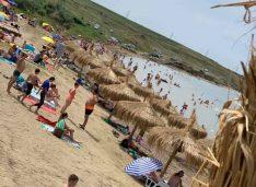 """Activitatea de la Plaja Stânca a fost ÎNCHISĂ temporar! """"Nu avea niciun fel de autorizație!"""""""