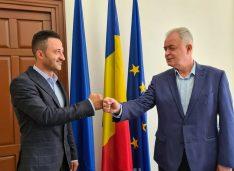 """Comuna Cristești, inclusă în Zona Metropolitană. Lucian Borfotină: """"Sunt convins că domnul Flutur, pe care îl susțin cu toată încrederea, va fi votat de botoșăneni"""" FOTO"""