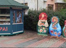 VIDEO La Pai, plăcinte ca în Basarabia, a deschis un magazin în Centru