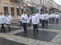 FOTO Cătălin Silegeanu: Voi susține să se voteze anularea pensiilor speciale pentru a pune stop acestui circ politic creat de PSD și PNL