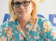 Roxana Florentina Țurcanu revine pe funcția de președinte al Filialei ALDE Botoșani!