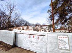FOTO Fostul sediu al Poliției Rutiere a fost demolat pentru a face loc unui bloc de lux și spațiilor pentru birouri