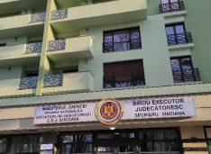 BEJ Secrieru angajează consilier juridic și agent procedural