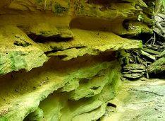 FOTO Natură pură, peisaj superb la Cheile Bahluiului. Legende cu haiduci și domnitorii Moldovei