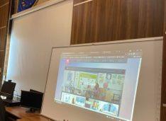 """89 de table interactive trimise de Ministerul Educației pentru 23 de licee din Botoșani. Ada Macovei:""""Mii de elevi din județul nostru vor avea acces la noile tehnologii"""""""